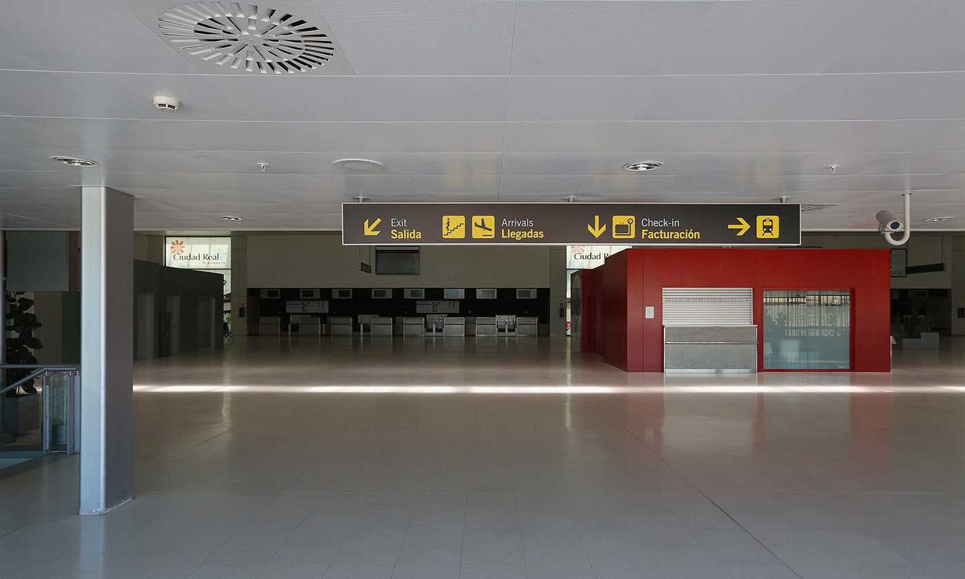 No fly zone: The main terminal at Ciudad Real Airport in Spain. Completed in 2009 at a cost of 1.1 billion euros, the airport is now unused. <em>Photo by Oli Scarff/Getty</em>