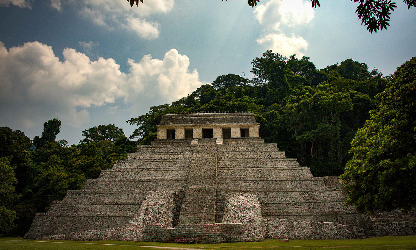 <p>Mayan society experienced a gradual decline over three centuries. <em>Photo by Rod Waddington/Flickr</em></p>