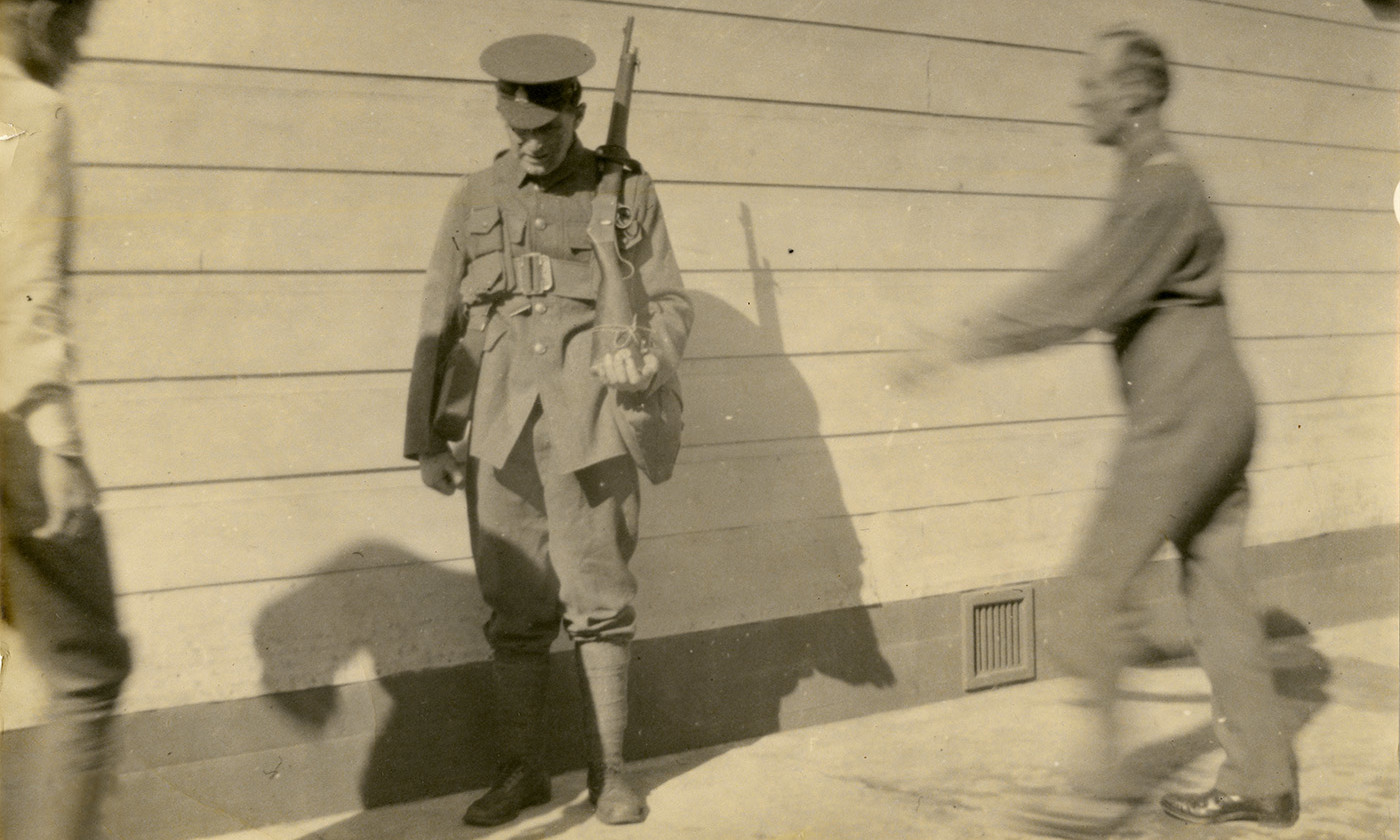 A conscientious objector Thomas Moynihan being abused at Wanganui Detention Barracks New Zealand, 1918. <em>Photo Archives New Zealand/Flickr</em>