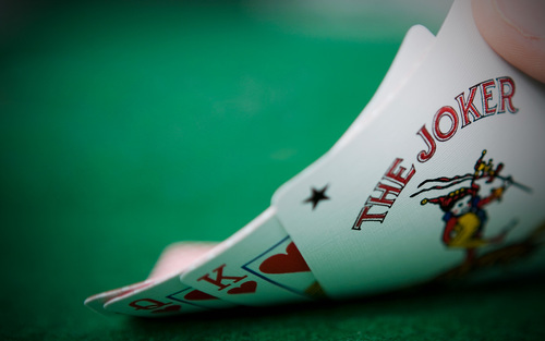 Love is a hold'em game   Aeon
