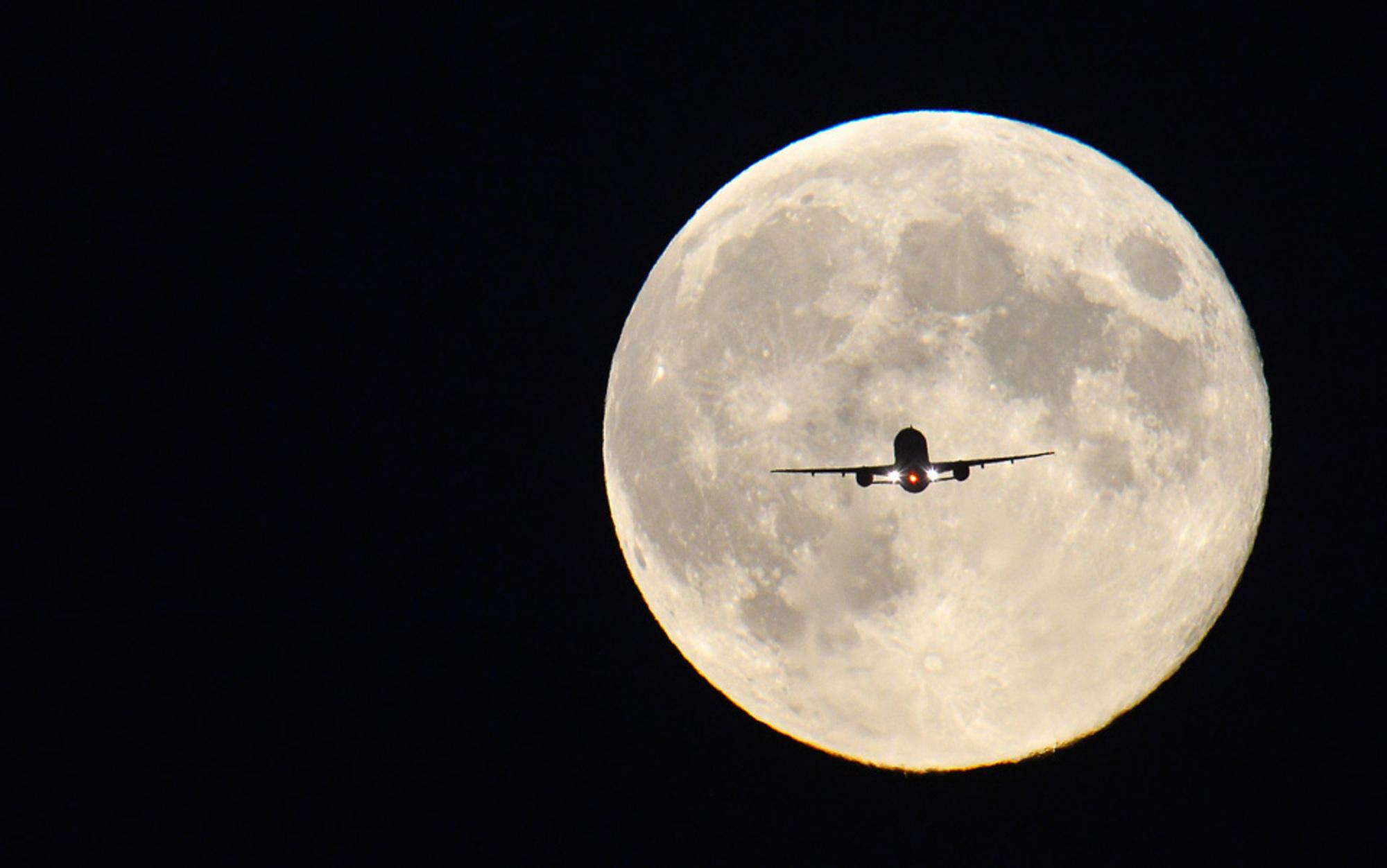 Header night flight