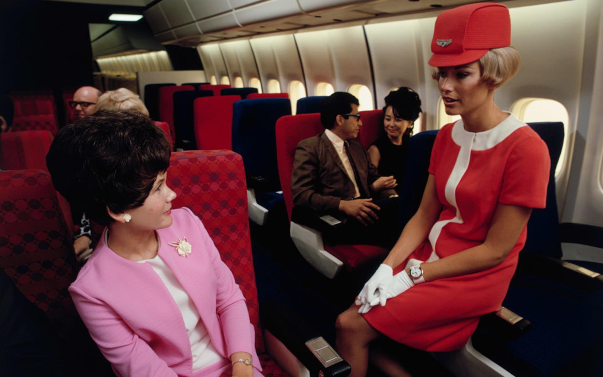 Header united air hostess 1
