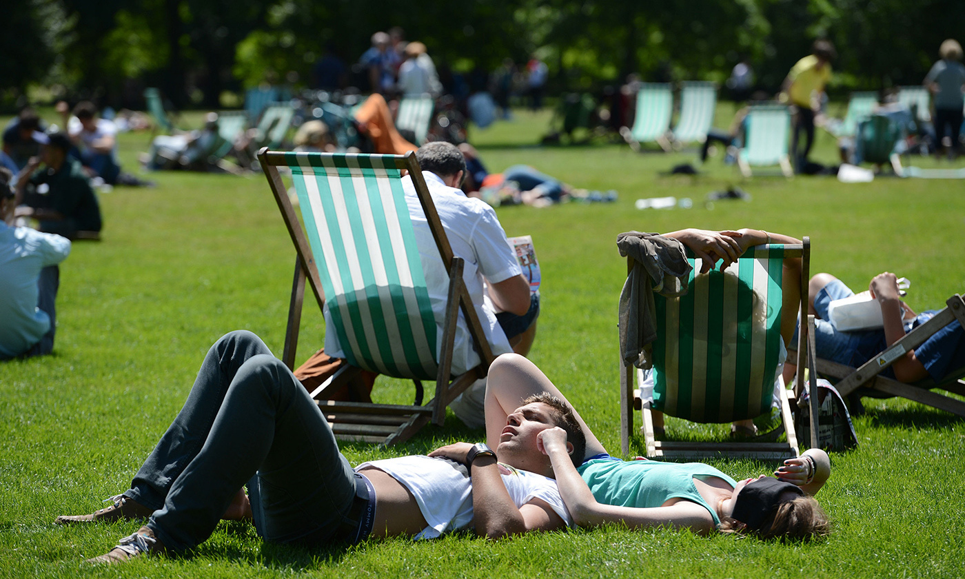 <p>A busy London park.<em> Photo by Owen Humphreys/PA Images/Getty</em></p>